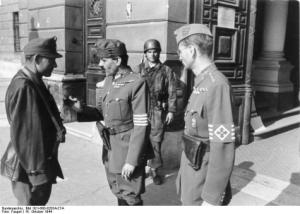 Brazalete de los Cruces Flechadas húngaros.