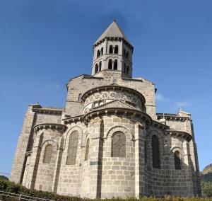 Iglesia de San Nectario en la Auvernia.