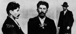 Ficha de Stalin en la policía zarista: Imagen: cultura.elpais.com/