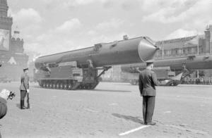 Misiles de la era soviética sobre la Plaza Roja. Imagen: weaponsman.com/